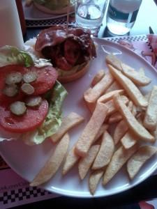 Burger Alcatraz. California 50's Diner
